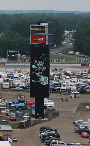 NASCAR_Michigan-jumbotron-sportrons